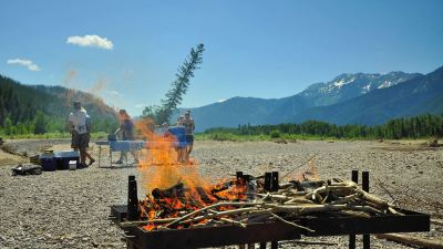 White Water Rafting in Montana, Glacier Raft Company, Riverside Lunch