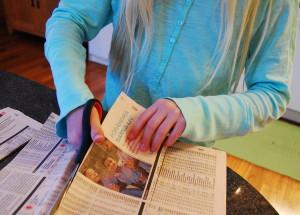 Gör krukor av tidningspapper (1)