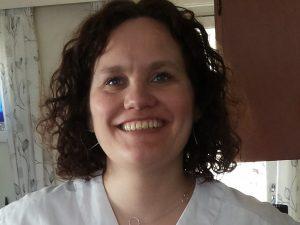 Cicilie Yttergård Jenssen er ansatt i hjemmetjenesten i Tromsø kommune og oppvokst i Tromsdalen. Hun er også varamedlem for AP i kommunestyret,