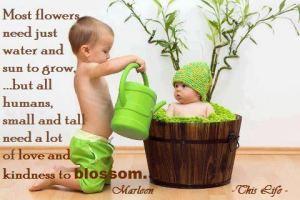 Vattna grön bebis