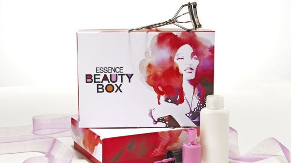 Essence Beauty Box price