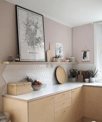 3 pareti a righe in camera da letto; Colori Per Pareti Tendenze 2020 21 Glamcasamagazine