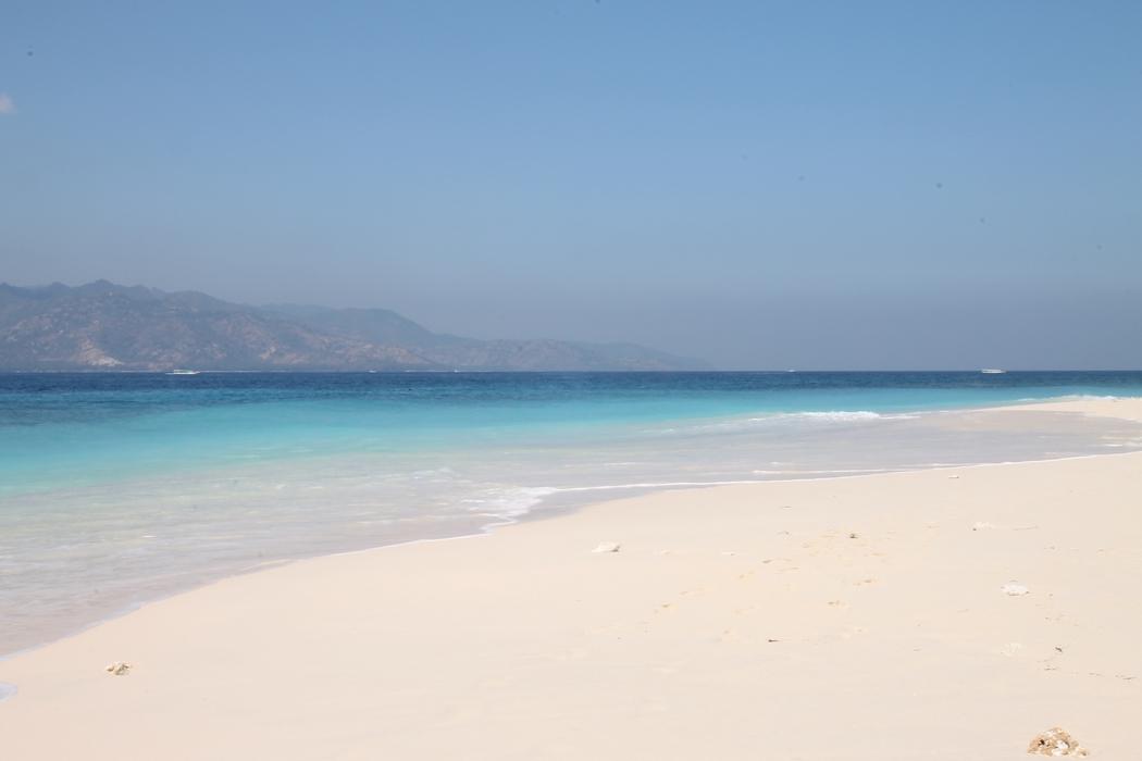 plage-indonesie-gili-meno04