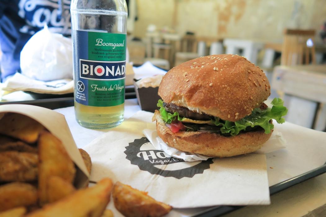 hank-resto-vegan-paris-burger