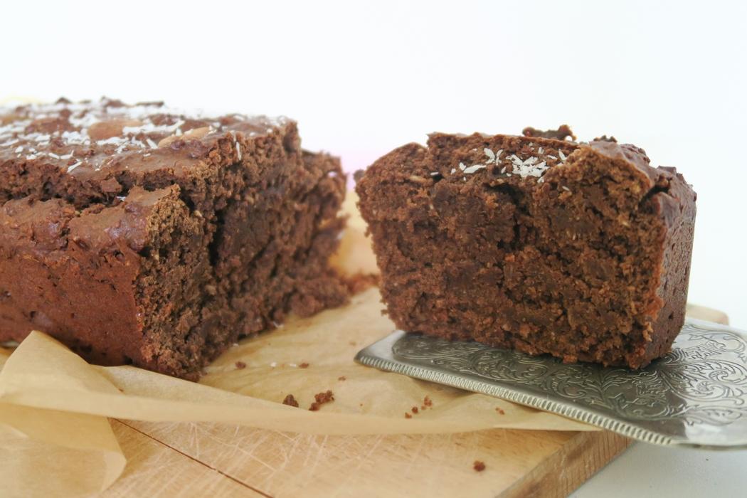 Recette d'un gâteau chocolat amande noix de coco parfait : chocolaté, gourmand, léger, rapide et facile à réaliser, végane et sans gluten. PAR-FAIT !