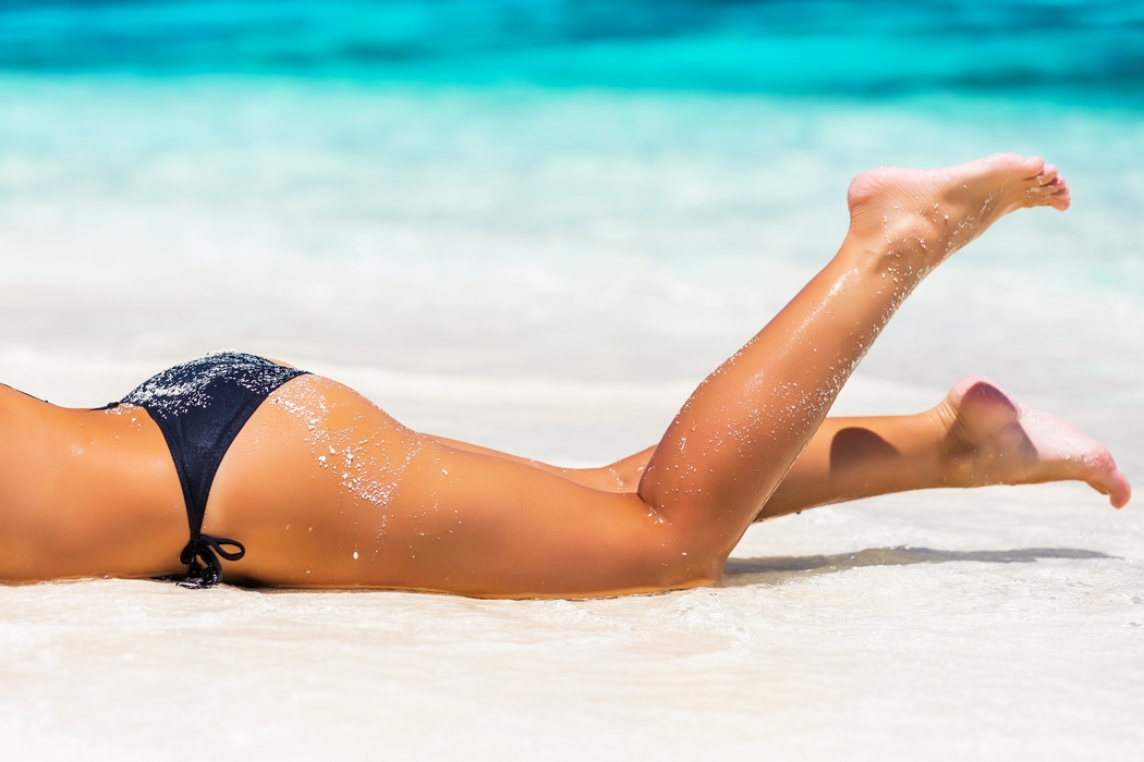 Alimentation saine, programme fitness, cellu-cup : les healthy girls vont-elles trop loin ? Le bikini body est-il la clé du bonheur ? Je vous donne ma vision du corps et de la relation à entretenir avec lui pour en faire un allié.