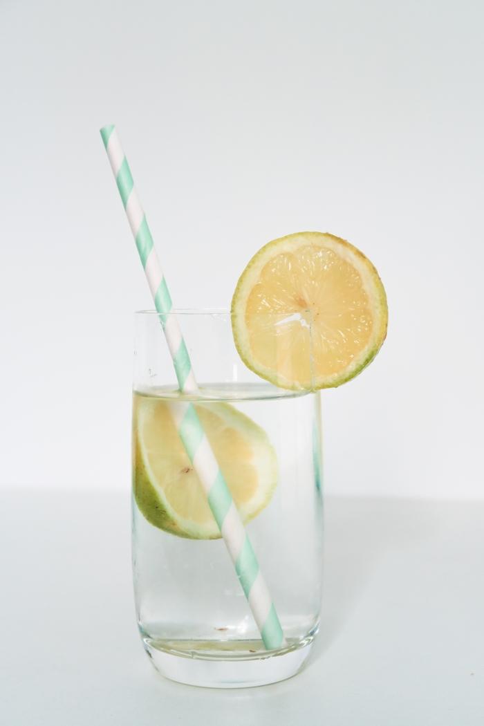 boire un jus de citron à jeun
