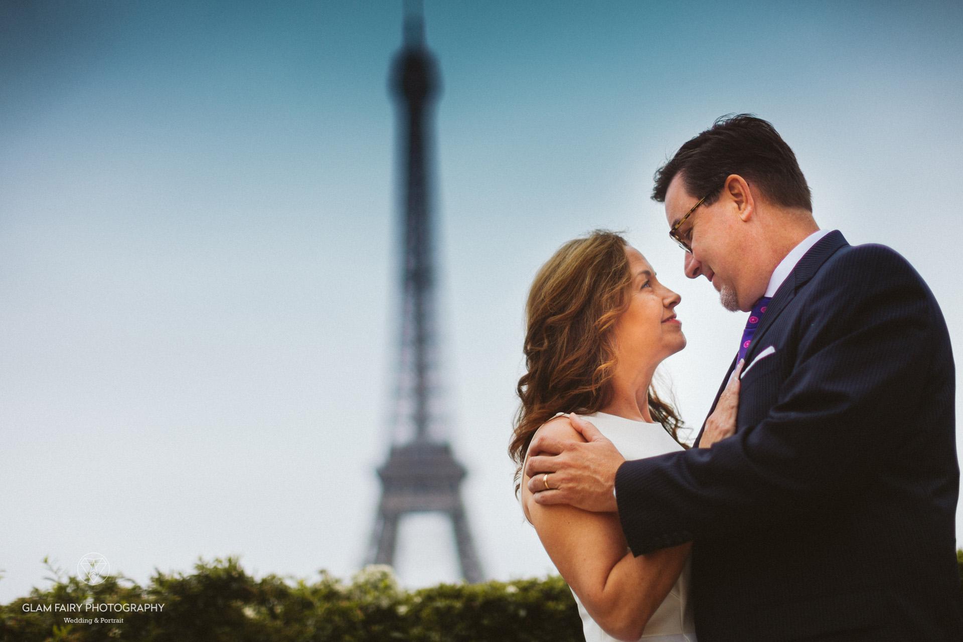 GlamFairyPhotography-boudoirphotography-lovesession-a-la-tour-eiffel-jackie-chris