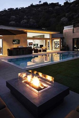 30 Amazing Outdoor Fireplace Ideas on Amazing Outdoor Fireplaces  id=16975