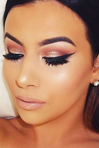 Glamorous Rose Gold Makeup Looks picture 3