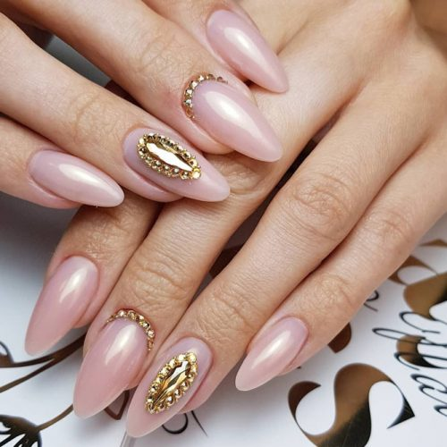 Marvelous Wedding Nail Ideas With Elegant Rhinestones For Your Big Day