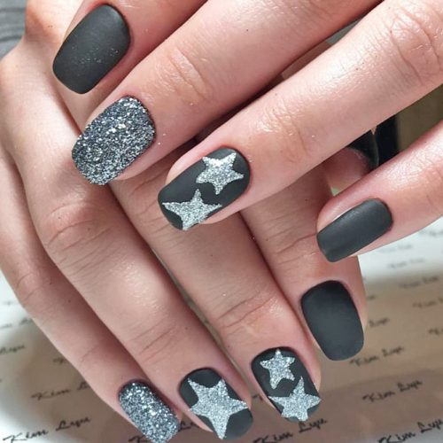 Cute Black and Silver Nails Designs picture 4