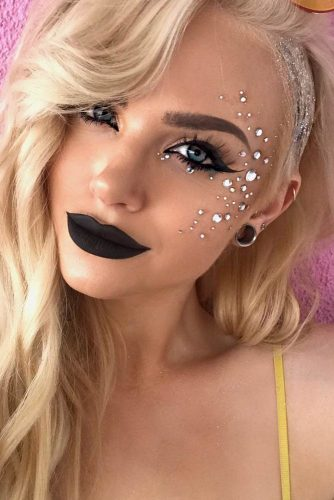 Sparkly Jewelery Festival Makeup Looks picture 6
