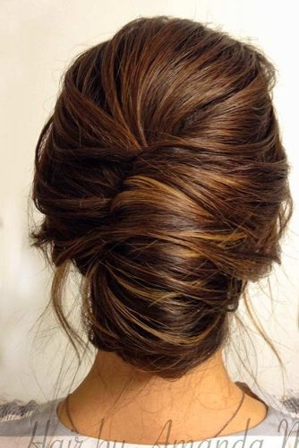Classy French Twisted Updo For Every Day #frenchtwist #frenchtwistupdo