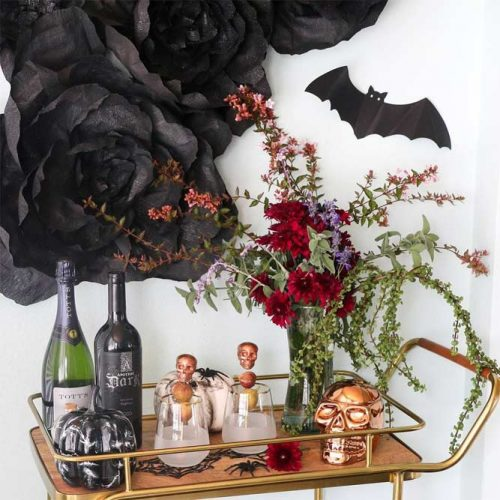 Minimalistic Skull Halloween Party Decor