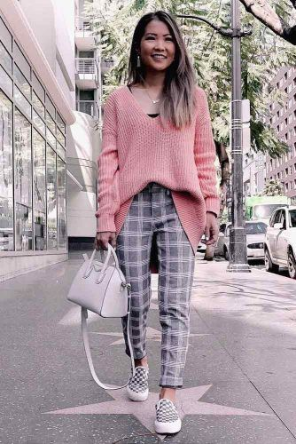 Gray Plaid Pants With Pink Oversized Sweater #pinksweater #graypants
