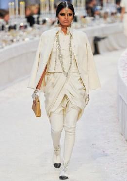 Chanel Métiers d'Art 2012 Bombay Collection 027