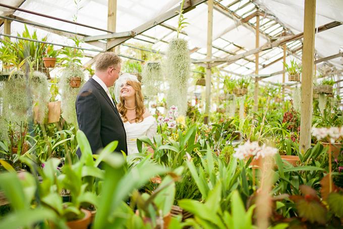 DIY greenhouse wedding | Krista Marie Photography-15