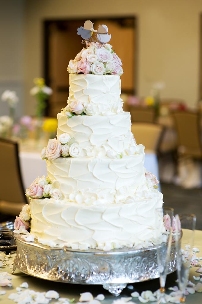white and pink wedding cake | Alisha Crossley Photography