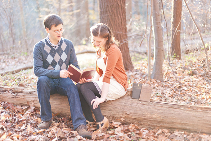 vintage books and swing dancing engagement session | Cassi Claire