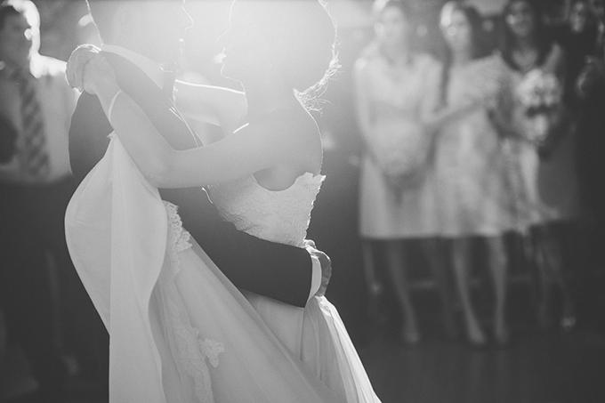 DIY rustic spring wedding   Sunglow Photography