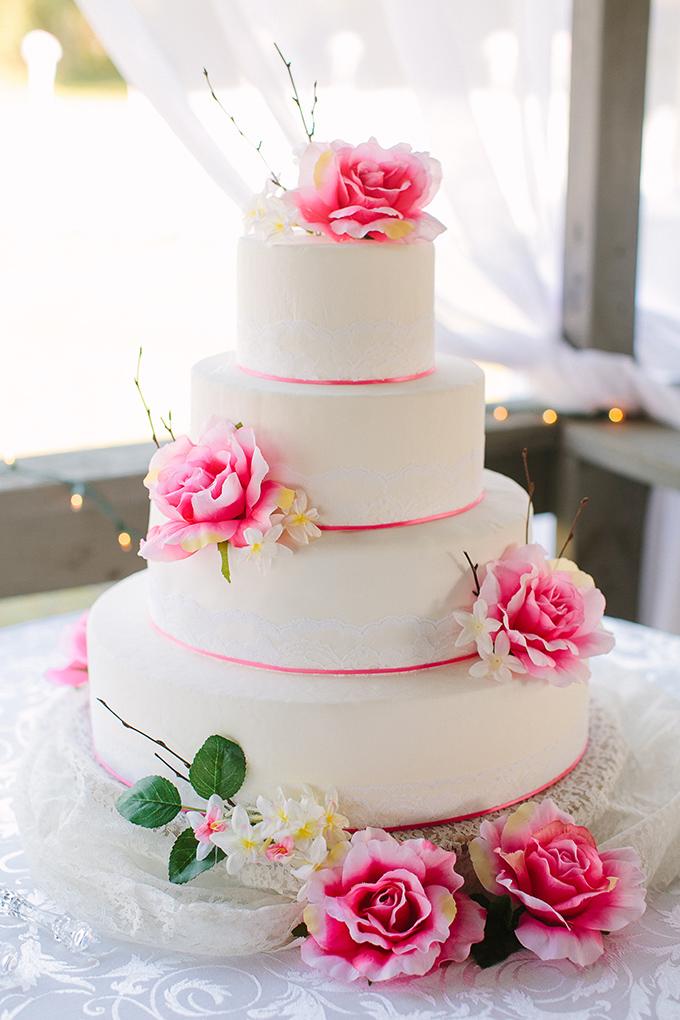 pink wedding cake | KT Crabb Photography