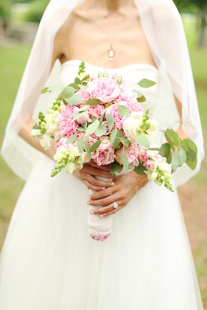 pink peony bouquet | j.woodbery photography