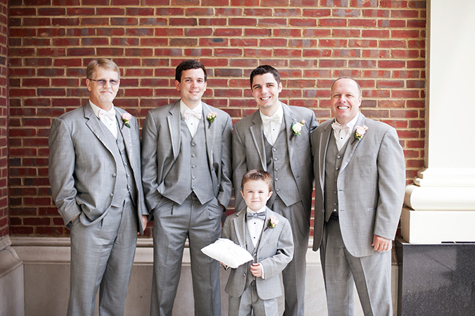 gray groomsmen | Jen & Chris Creed | Glamour & Grace
