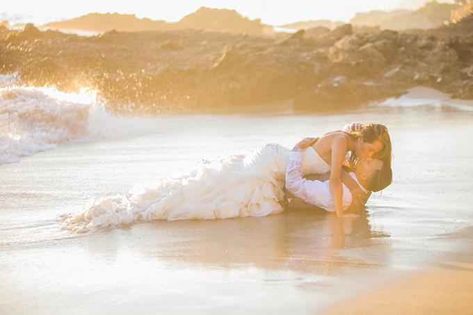 Laguna Beach trash the dress shoot | Andy Rodriguez Photography | Glamour & Grace