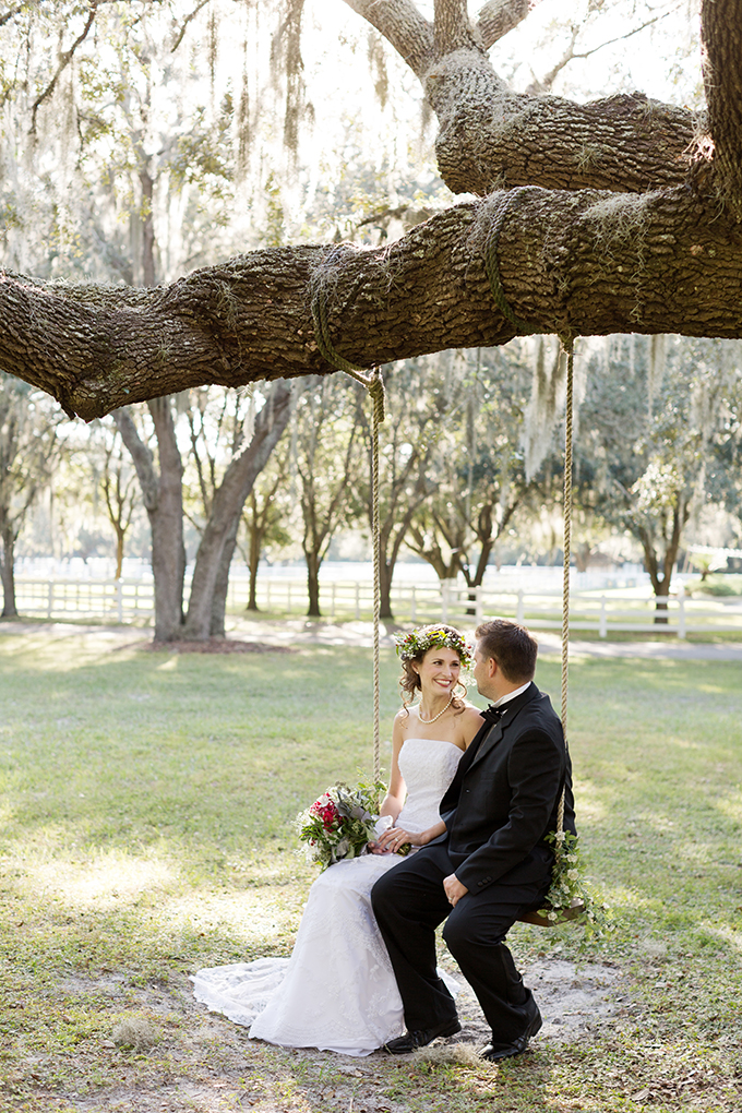 Christmas wedding inspiration | Theresa NeSmith Photography | Glamour & Grace