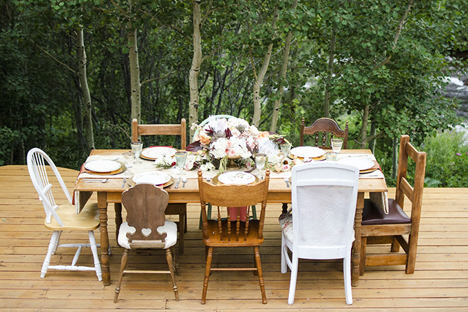 rustic art deco table | Green Blossom Photography | Glamour & Grace