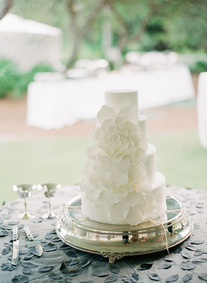 white petal cake from Confections on the Coast | pure7studios | Glamour & Grace