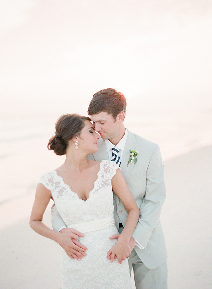 beach wedding | pure7studios | Glamour & Grace