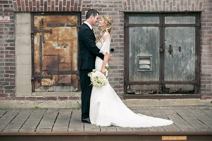 glam black and white wedding | Erin Johnson Photography | Glamour & Grace