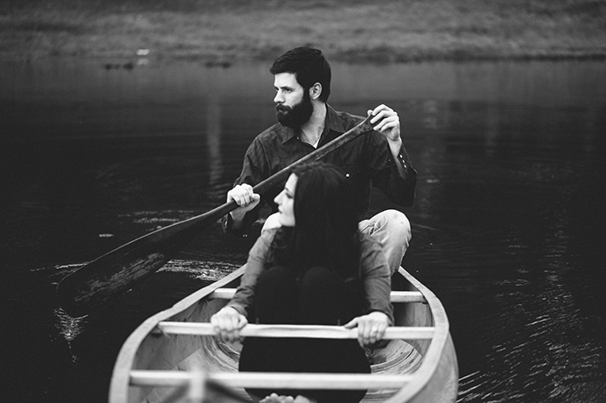 canoe engagement | Joel Allegretto Photography | Glamour & Grace