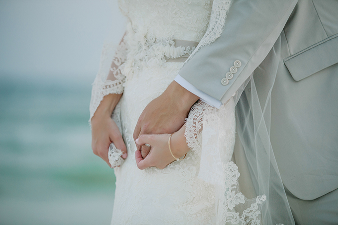 seafoam and blush seaside wedding | dear wesleyann | Glamour & Grace