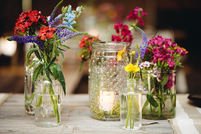 casual jar centerpieces | Riverland Studios | Glamour & Grace
