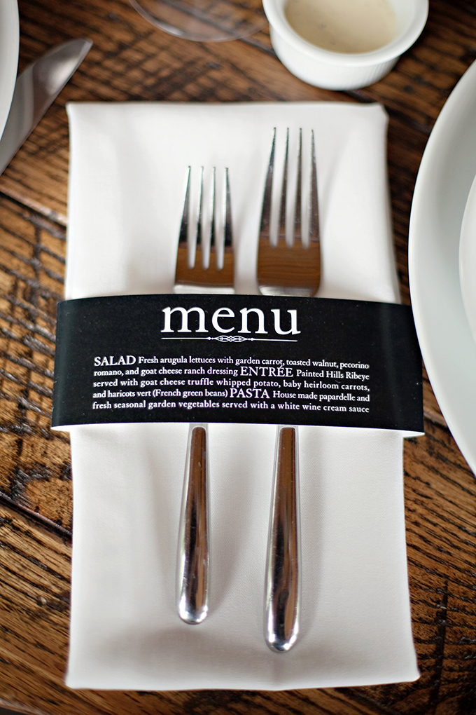menu silverwear holder | Paperlily Photography | Glamour & Grace