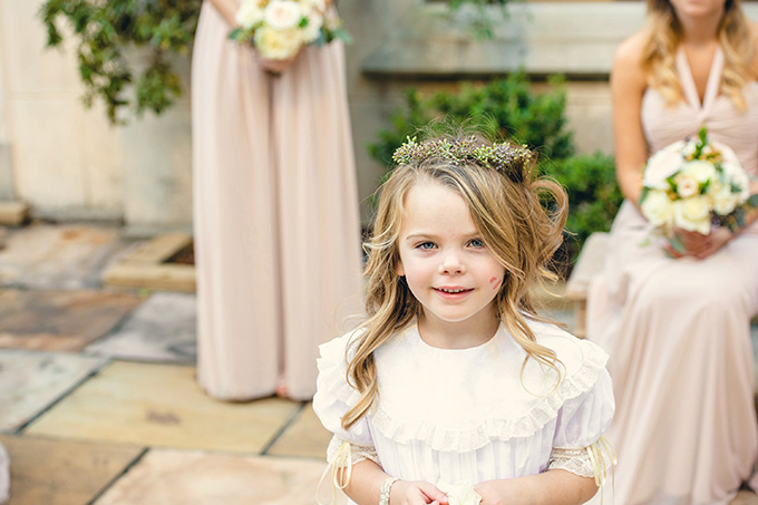 adorable flower girl | Mark Eric Photography | Glamour & Grace
