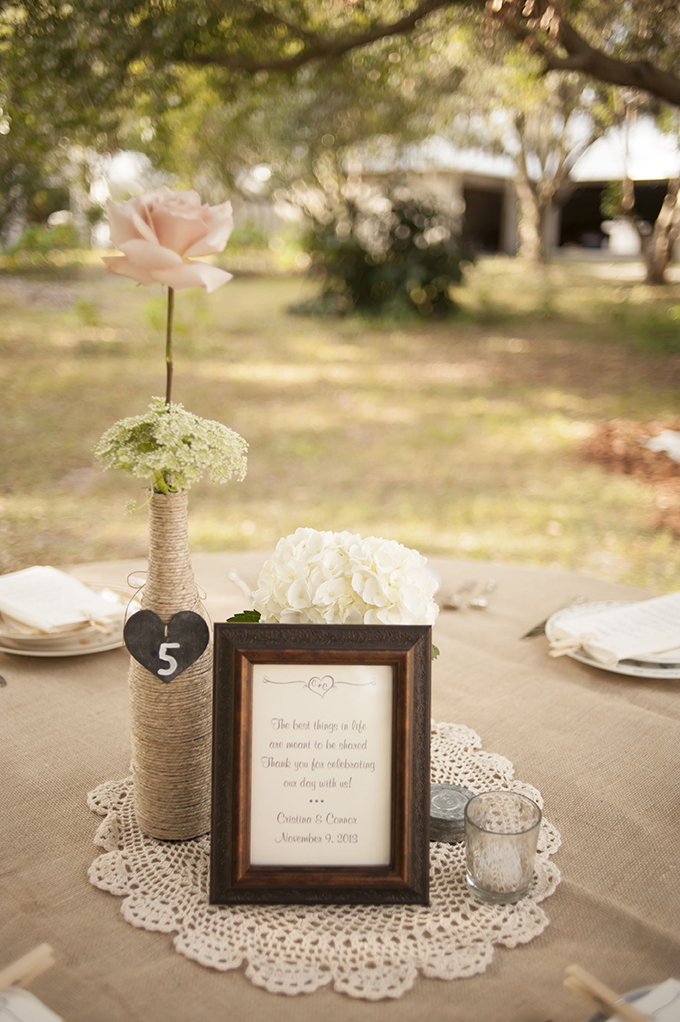 simple rustic centerpiece | Stephanie A Smith Photography | Glamour & Grace