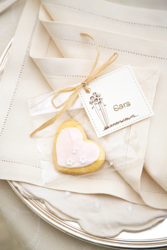 cookie place setting | Avoriophoto | Glamour & Grace