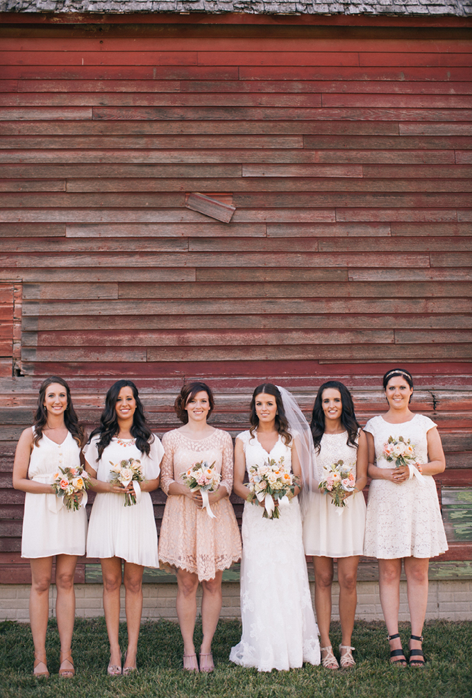 neutral mis-matched bridesmaids | THE LEEKERS | Glamour & Grace