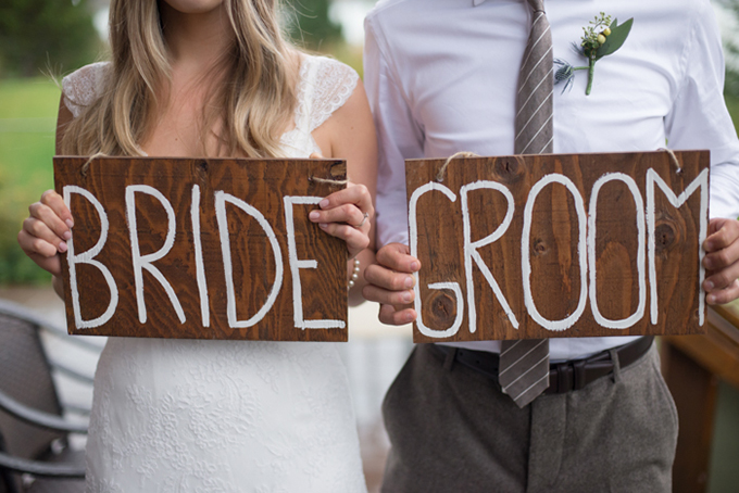 bride and groom signs | Christie Graham Photography | Glamour & Grace
