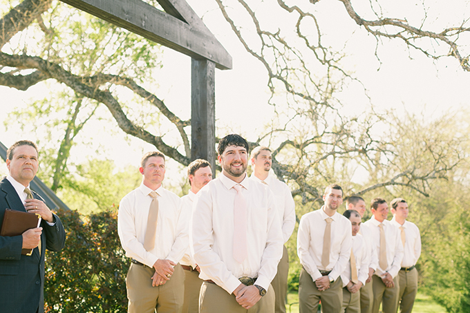 blush Texas wedding | Logan Howard Photography | Glamour & Grace