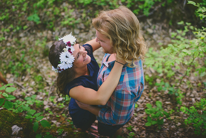 boho forest engagement | Jessie Holloway Photography | Glamour & Grace