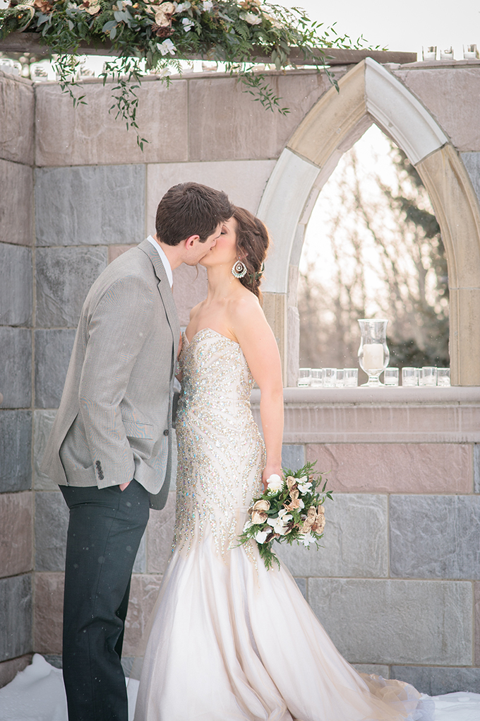 glam winter wedding inspiration | Crown Photography | Glamour & Grace
