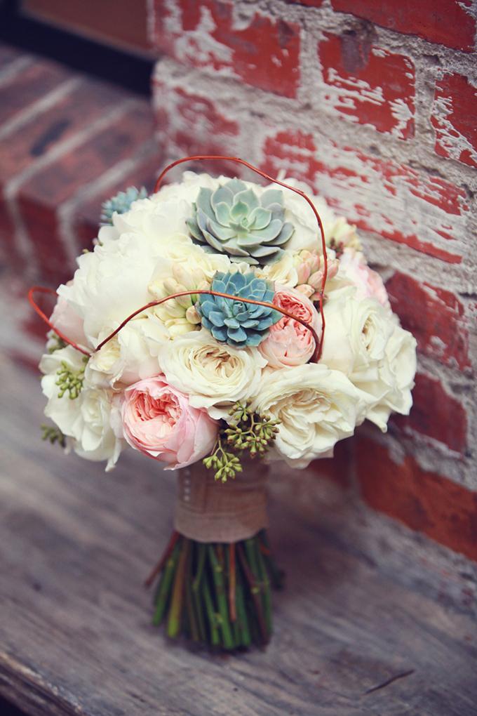 rustic chic bouquet | Lukas & Suzy VanDyke | Glamour & Grace