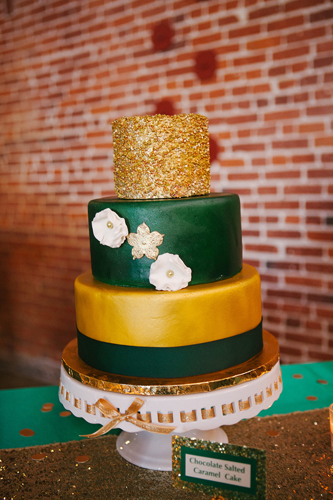 emerald New Years Eve elopement   Ashley Williams Photography   Glamour & Grace