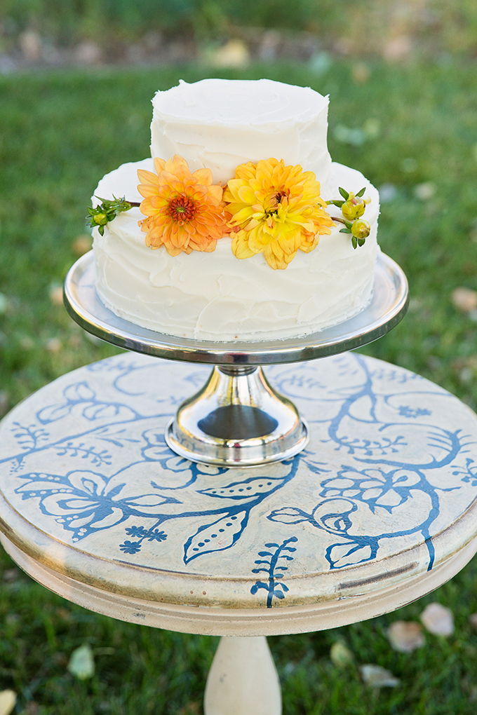 white and yellow cake | Tara H. Photography | Glamour & Grace
