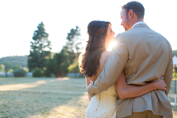 vintage farm wedding | Blue Rose Photography | Glamour & Grace